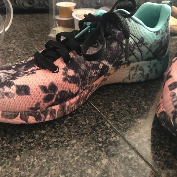Skechers Burst Wild Rose Women's Memory Foam Shoe